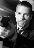 Guy_Pearce